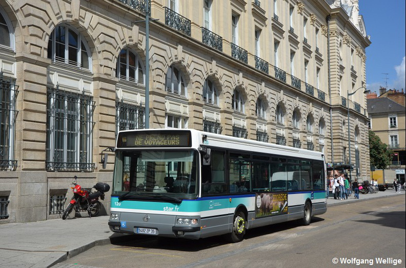 Rennes-Bus-0120-2017-05-23-Republique.jpg