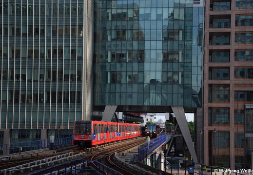 London DLR 78, Canary Wharf